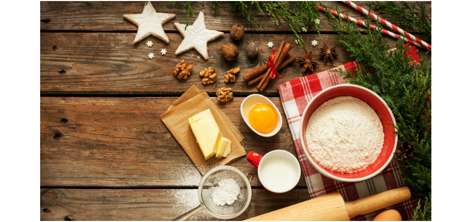 Bake the Perfect Christmas Cake