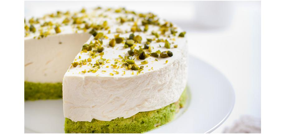 Magic Mother's Day Meals: Pistachio Cakes Dessert