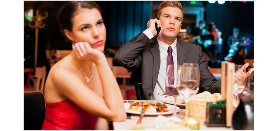 Three Reasons Why You Shouldn't Dine Out on Valentine's Day